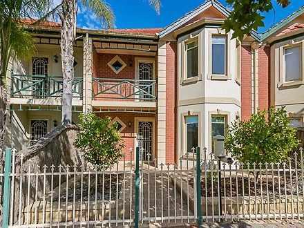 House - 32 Hallett Boulevar...