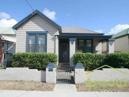 House - 5 Hubbard Street, I...
