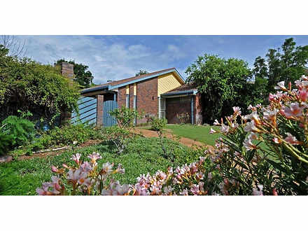 House - 8 Anderson Place, G...
