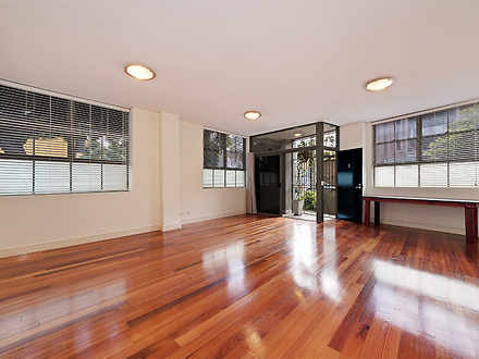 Apartment - 2/2 Lawrence St...