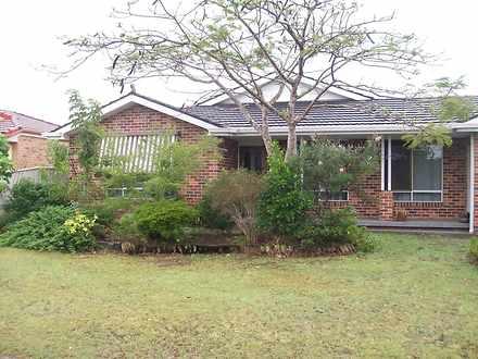 House - 8 The Halyard, Yamb...