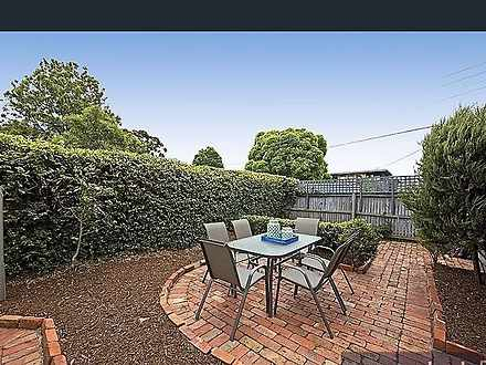 Apartment - 1/2 Rosedale Av...