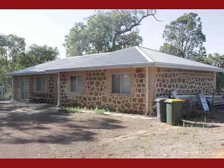 House - 555 Mcknoe Drive, M...