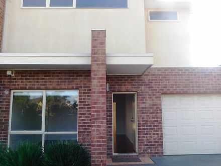 House - 4/74 Rutherglen Cre...