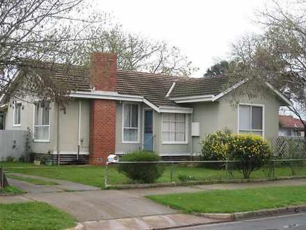House - 33 Wadeson Street, ...