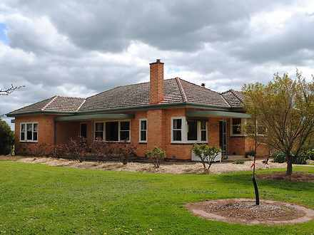 House - 1385 New Dookie Roa...