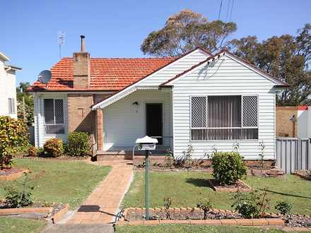 House - 3 Bay Road, Fennell...