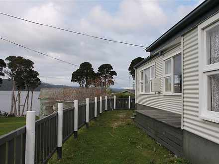 House - 22 Lettes Bay, Stra...