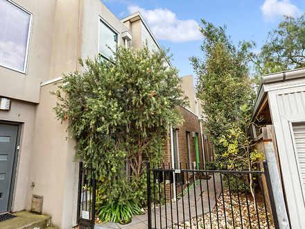 House - 11 Toohey Street, F...