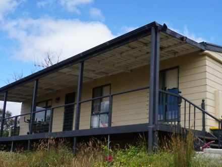 House - 1330 Hindmarsh Tier...
