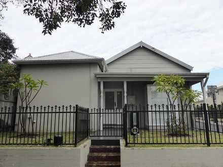 House - 32 Coolgardie Stree...