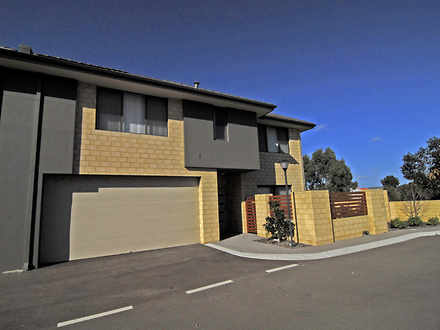 Townhouse - 18/9 Barfield R...