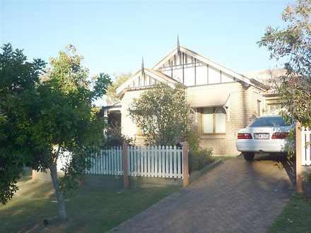 House - 8 Ranier Crescent, ...