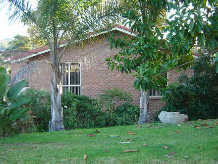 House - 1/24 Hume Road, Sur...