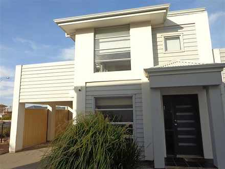 House - 15/7 Anchor Road, S...