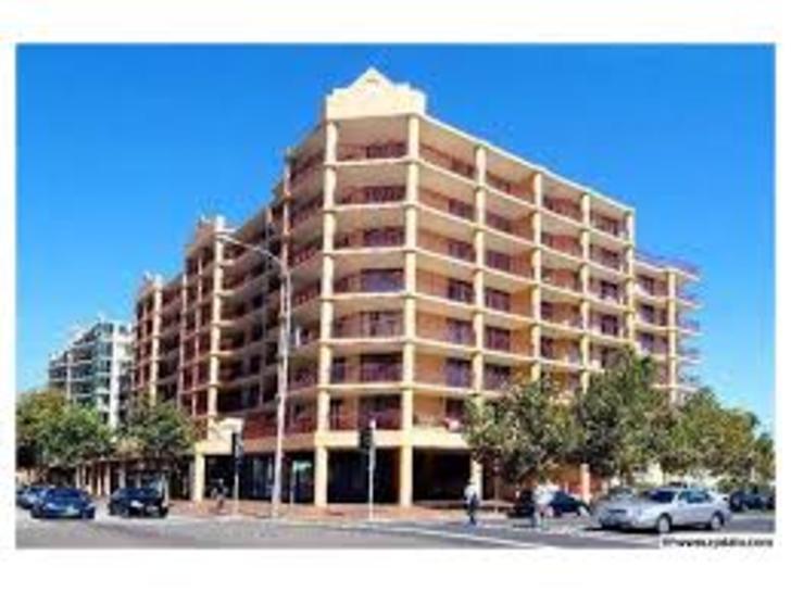 Apartment - 51/243 Anzac Pa...
