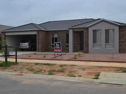 House - 8 Yellowgum Drive, ...