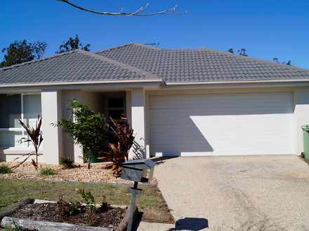 House - 14 Willowood Drive,...