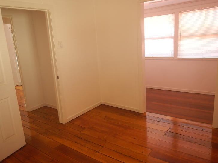 House - 109 Annerley Road, ...