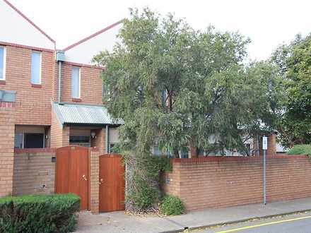 Townhouse - 16/11 East Pall...