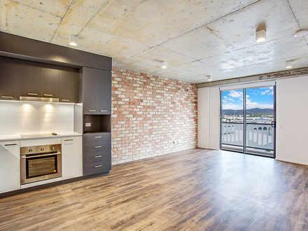 Apartment - 401/190 Varsity...