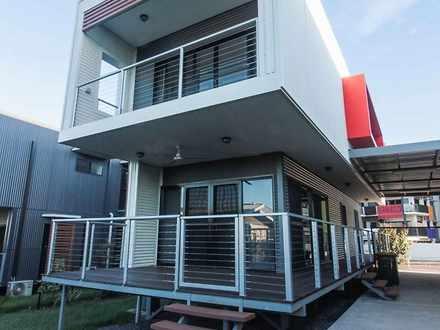 Townhouse - 1 Brisbane Cres...