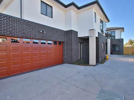 House - 2/36 Frederick Stre...