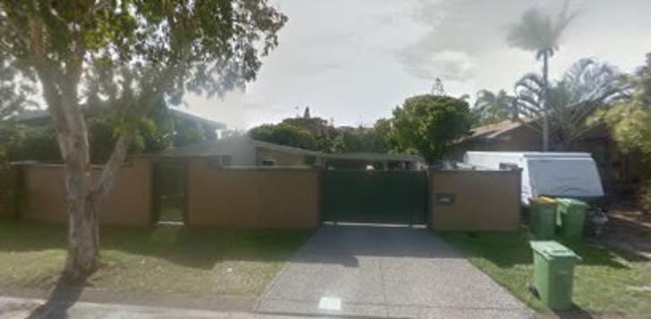 House - 10 Dayspring Street...