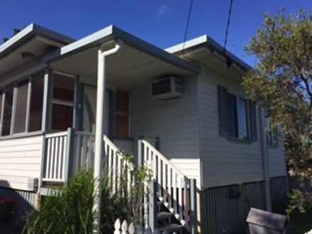 House - 7 Willard Street, T...