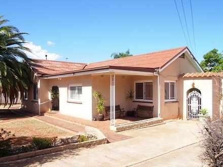 House - 377 Gossan Street, ...