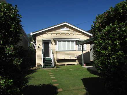 House - 8 Kenilworth Street...