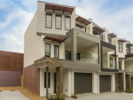 Townhouse - 8/79 Lewis Road...
