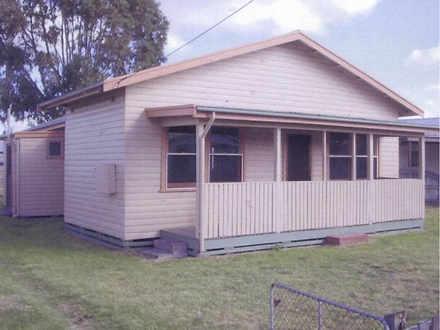 House - 6 Coombe Street, Na...