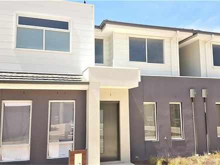House - 9 Kangaroo Paw Cour...