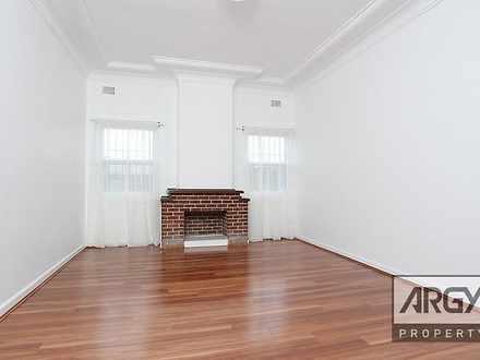 Apartment - 216 William Str...