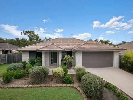 House - 9 Bridgewater Close...