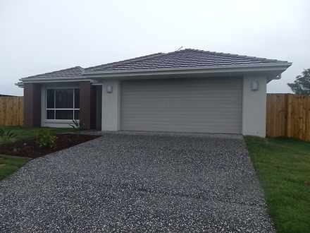 House - 17 Lachlan Street, ...
