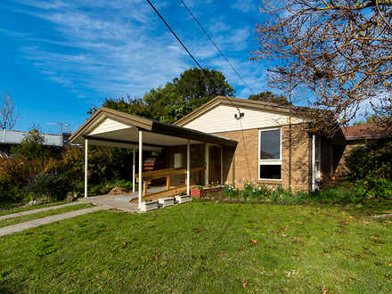 House - 1/35 Macedon Avenue...