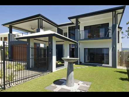 House - 80 Harbour Drive, T...