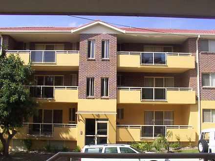Unit - 3/28 Martin Place, M...